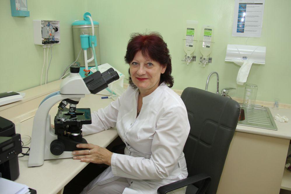 Зав. лабораторией Елена Горбунова