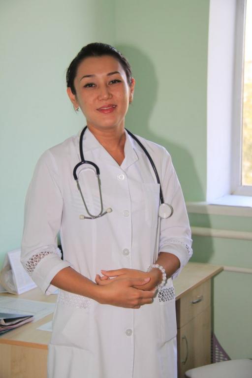 заведующая физиотерапией Бахыт Еспенбетова