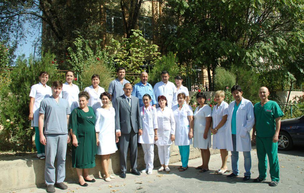 Коллектив медицинского центра болезней суставов